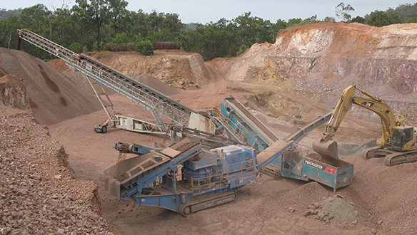 ts-842-stockpiling-from-mobile-crushing-and-screening-plant