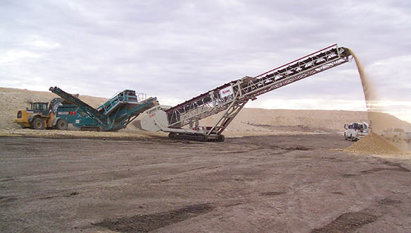ts-624-tracked-telescopic-stockpiling-from-cheiftain-1400