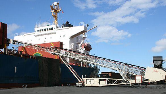 radial-telescopic-cw-genset--tracks---shiploading